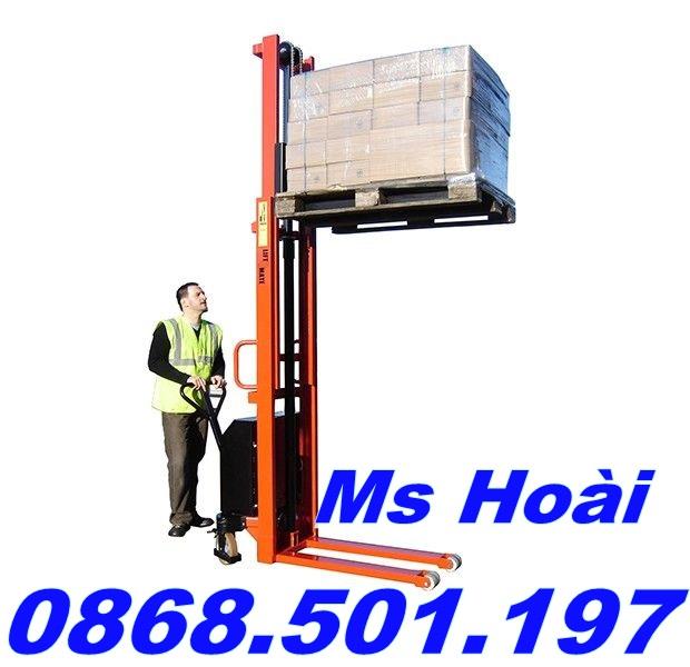 xe nâng điện bán tự động tại Hà Nội