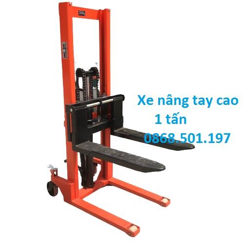 Xe Nang Tay Cao 1 Tan